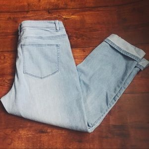 J Jill Light Wash Authentic Fit Cropped Jeans